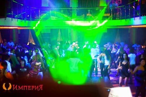 В невинномысске клубы ночные клуб одиноких людей в москве 55